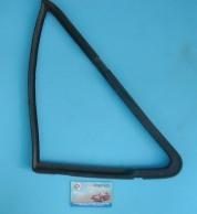 Vetro-Deflettore-fiat-126-sinistro